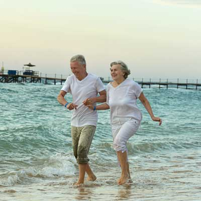 A Nurse's Guide for Taking Elderly Parents on Vacation